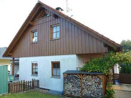 Hünstetten Wallrabenstein- 1650,-€ Warmmiete für großes EFH auf großem Grundstück