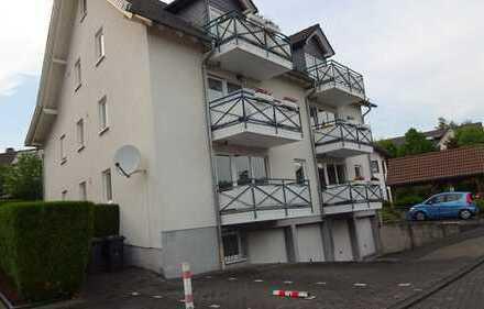 Frisch renovierte 2-Zimmer-Erdgeschosswohnung mit Balkon und Einbauküche in Kreuztal