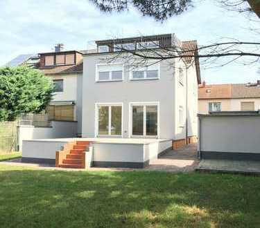 Helle 1-Zimmer-Wohnung mit großer Dachterrasse+ Garten*opt.Garage*inklusive EBK