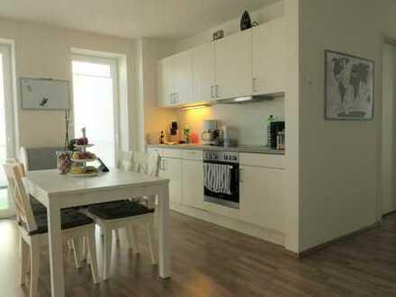 Moderne 2 Zimmer-Wohnung in den Beverbäker Wiesen mit Einbauküche und Einbauschränken