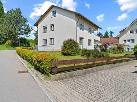 Attraktives Zwei- bis Dreifamilienhaus mit großzügigem Grundstück in Neukirch !