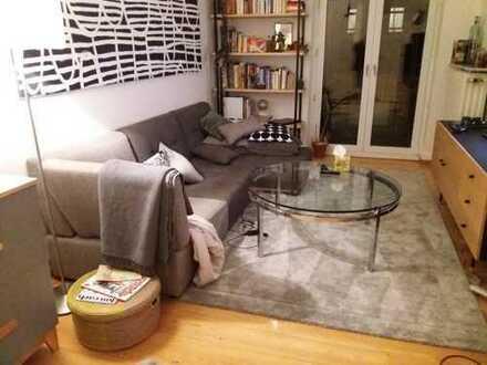 Wunderschöne 3-Zimmer-Altbau-Wohnung mit Balkon und EBK in Offenbach am Main