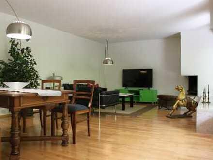 Möbliert: Große, schöne, ruhige, Terrassen-Wohnung zu vermieten!