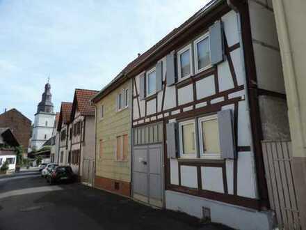 MEISS Unternehmensgruppe: Nidderau-Windecken: Vis á vis zum Marktplatz, topsan. Fachwerkhaus