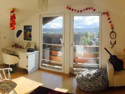 schönes Dachgeschoss-Zimmer mit Bergblick in Feldkirchen-Westerham