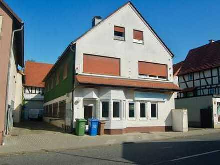 Das könnte Ihnen passen: Mehrfamilienhaus mit Scheune und Garten, ausbaufähig....