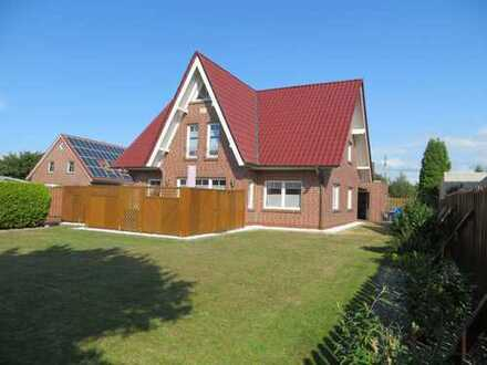 Provisionsfrei: Schönes, geräumiges Haus mit fünf Zimmern in Emden-Larrelt