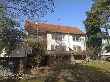 2 Familienhaus mit großem Grundstück in ruhiger Lage
