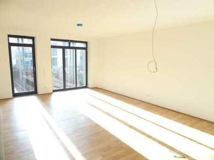 Klostergarten - Großzügige 2-Zimmer Wohnung (tolle EBK, große Terrasse, Parkett, TG) zentral & ruhig
