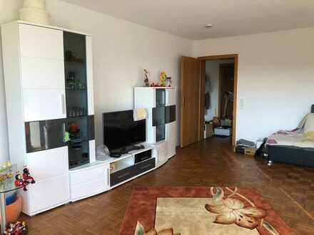 Vollständig renovierte 2-Raum-Wohnung mit Balkon und Einbauküche in Giengen an der Brenz