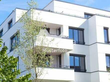 Mehrfamilienhaus in 73275 Ohmden, Hauptstr.