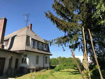 Riesiges Anwesen mit Villa und 550m² Flachbau auf 8500 m²