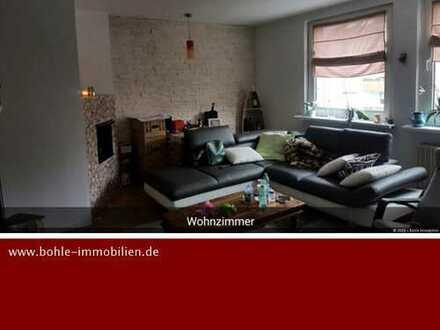 Solide vermietete Eigentumswohnung mit 2 Zimmern und Balkon!!!