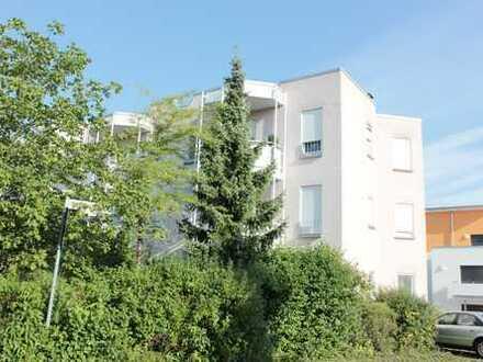 sonnige 2 - Zimmer - Erdgeschoßwohnung mit Terrasse
