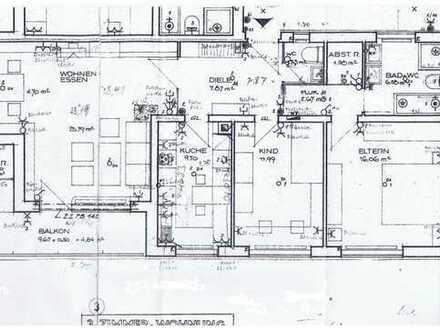 Vollständig renovierte 3-Zimmer-Wohnung mit Balkon und Einbauküche in Steinbach (Taunus)