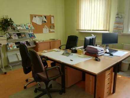 Büroeinheit mit Lagerfläche super günstig zu verpachten