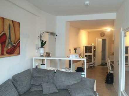 Zentrale und moderne 1,5-Zimmer-Wohnung in Düsseldorf