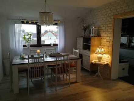 Schöne 4-Zimmer Wohnung in ruhiger Lage, vollmöbliert, ab dem 01.07.2020 verfügbar