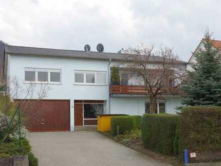 Wohnen im Grünen am Stadtrand von Neuffen: Einfamilienhaus 257 m², Grundstück 1402 m²