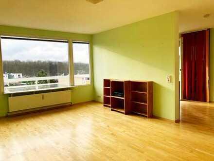Helle, gepflegte 3,5 Zimmer-Wohnung mit Blick auf den Grüngürtel in Rodenkirchen, Köln