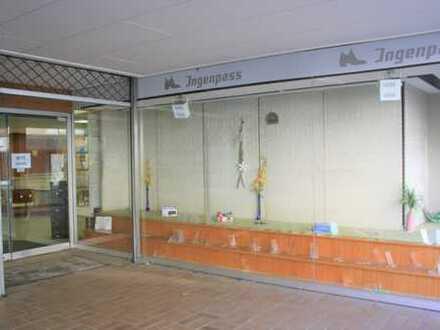 TOP-Lage! Großes Ladenlokal mit Lagerräumen in Dortmund-Brackel