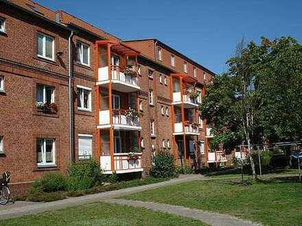 Altbauwohnung mit 3 Räumen in der Ihlenfelder Vorstadt sucht Mieter!