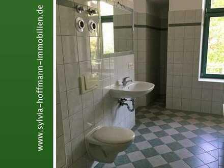 * Gohlis-Süd * 3-RWE * Balkon * Küche/Bad mit Fenster * Wanne *