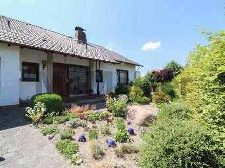 Ihr idyllisches Zuhause bei Hamburg: Großes 4,5-Zi.-EFH mit Terrasse und Garten in Pinneberg