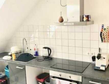schöne,moderne Dachgeschoß-Wohnung in Wallstadt