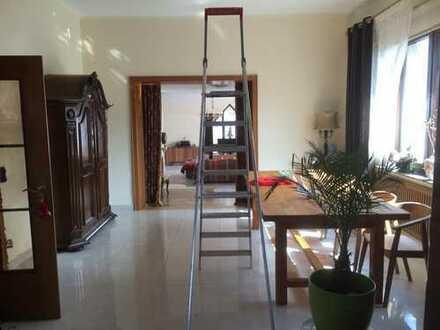 Geräumige und erwschwingliche Wohnung mit drei Zimmern in Einbeck