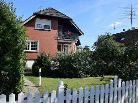 Freistehendes EFH mit Wintergarten und großem Garten
