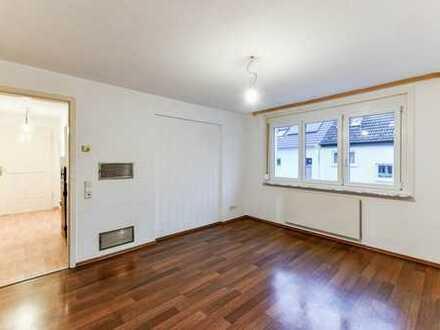 Helle 3-Zimmer-Wohnung mit viel Potential in zentraler Lage von Plüderhausen