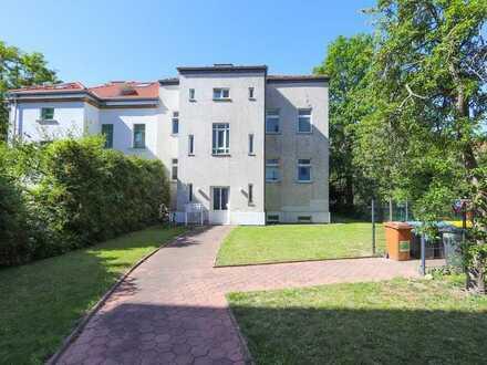 +++ 3-Zimmer-Wohnung im grün gelegenen Hinterhaus +++