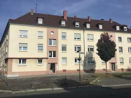 Kaiserslautern-Ost - Eigentumswohnung mit 2 Zimmern, Küche, Bad/WC