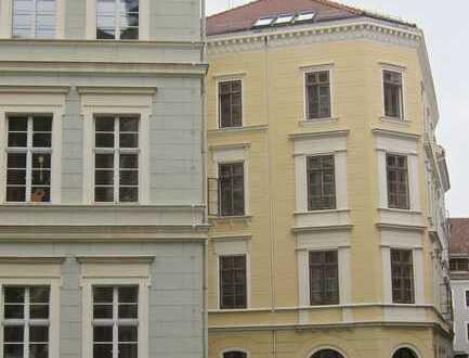 Grosse Attraktive Zweizimmer-Wohnung in der historischen Altstadt