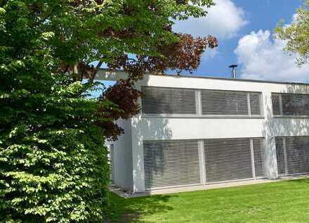 Einfamilienhaus in ruhiger Wohnlage mit wunderschöner Gartenanlage