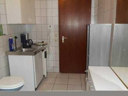 flexibel ab 1 Monat: Co-Living WG mit mit TV, WLAN und Teilung Bad mit Kochecke und seperatem WC