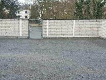 Parkplätze im Freien 60 € - Garagenplätze ab 80 € - Sicher + hell + stadtnah !