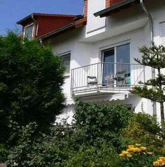 KARBEN-RENDEL: Großzügiges Haus mit 5-Zimmer in guter Lage!