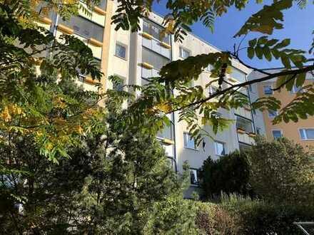3-Zimmer-Wohnung mit verglaster Süd/Westloggia von Rostock-Groß-Klein
