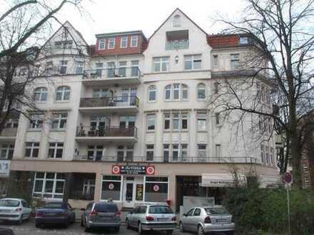 2- Zi.-Whg. mit Balkon in Hamburg-Barmbek, Besichtigung nach Vereinbarung