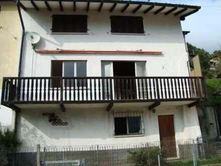 Bijou mit vier Zimmern in Colla