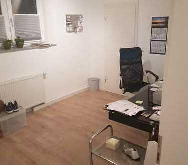 Fleyer Viertel – Steubenstr. - kl. Wohng. in bester Lage, total erneuert - auch als Büro/Praxis