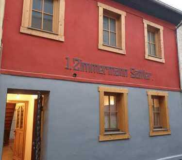 Erstbezug nach Sanierung: ansprechende 2-Zimmer-Wohnung mit Balkon in Alzey