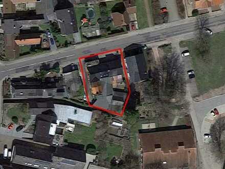 Attraktives Renditeobjekt: Wohnhaus und Gewerbeimmobilie mit viel Platz