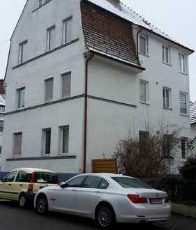 S-Bahnnahe 4-Zimmer-Altbau-Wohnung in Stuttgart-Obertürkheim