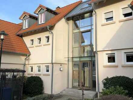 Vollständig renovierte 3-Zimmer-Erdgeschosswohnung mit Balkon und Einbauküche in Bad Dürkheim