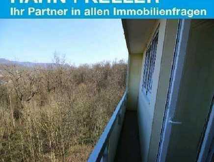 Helle 4,5 Zimmer Wohnung - Waldrandlage in Nürtingen!