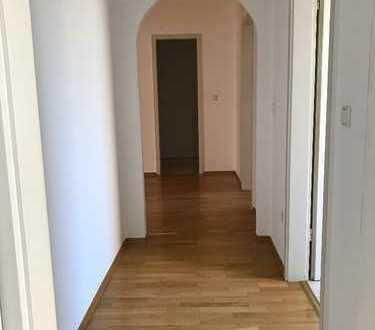 Schöne, geräumige drei Zimmer Wohnung in Hannover, List