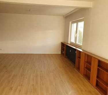 Geräumige, modernisierte 3-Zimmer-Wohnung in Bad Marienberg (Westerwald)